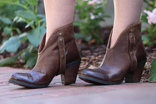 Carmen brandy x Durango Boots