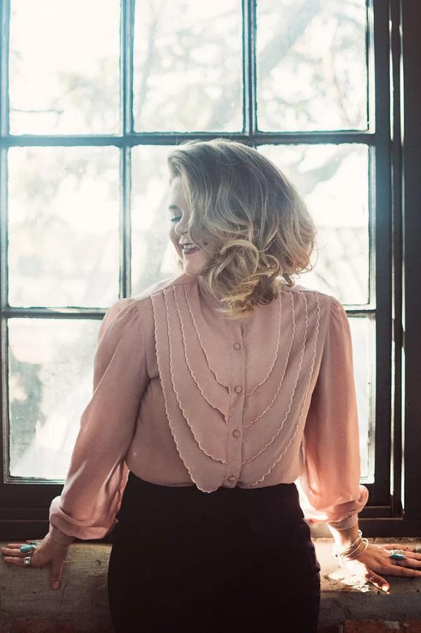 Stylist Spotlight : THE Lillie Syracuse | Carmen Brandy