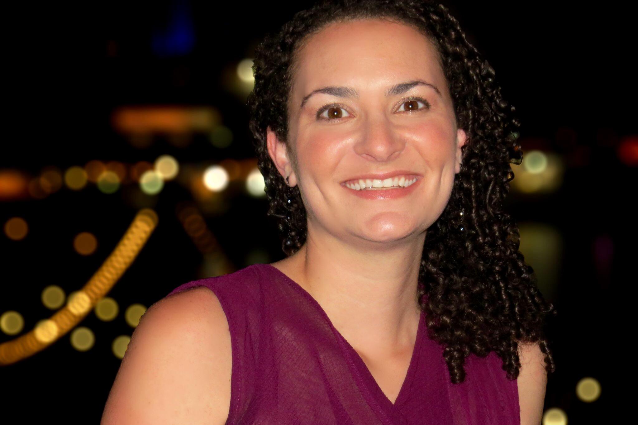 Lindsey Jankay, LCSW  postpartum depression therapist, ancxiety, OCD, hillsborough therapist, mother therapist