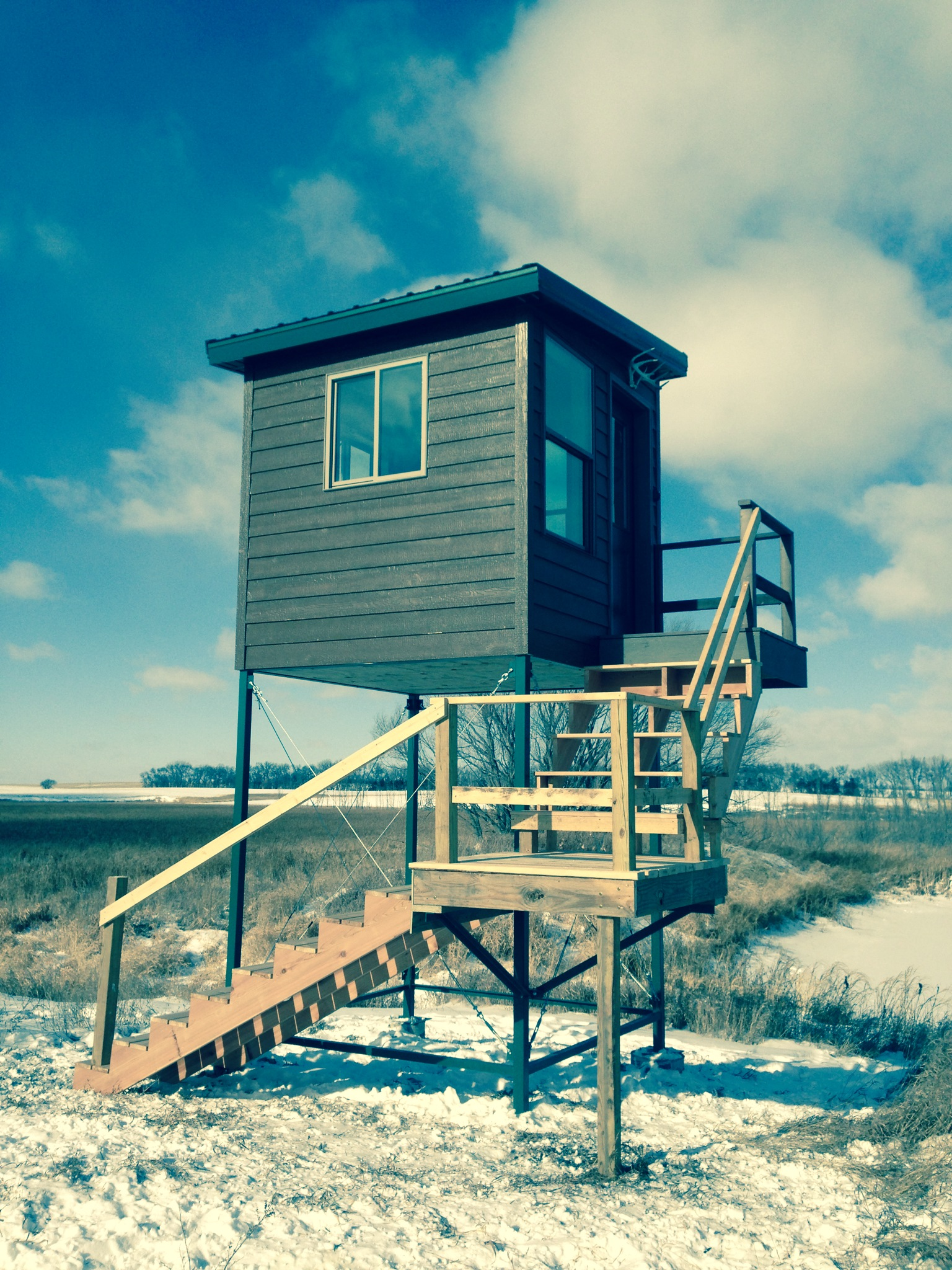 DEER STAND: Constructed with SIPS (super insulated panel system) walls, floor and roof. Hunt or photograph wildlife in comfort.