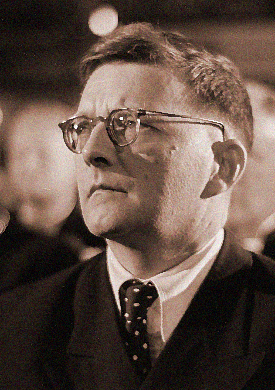 Dmitri_Shostakovich_credit_Deutsche_Fotothek_adjusted.jpg