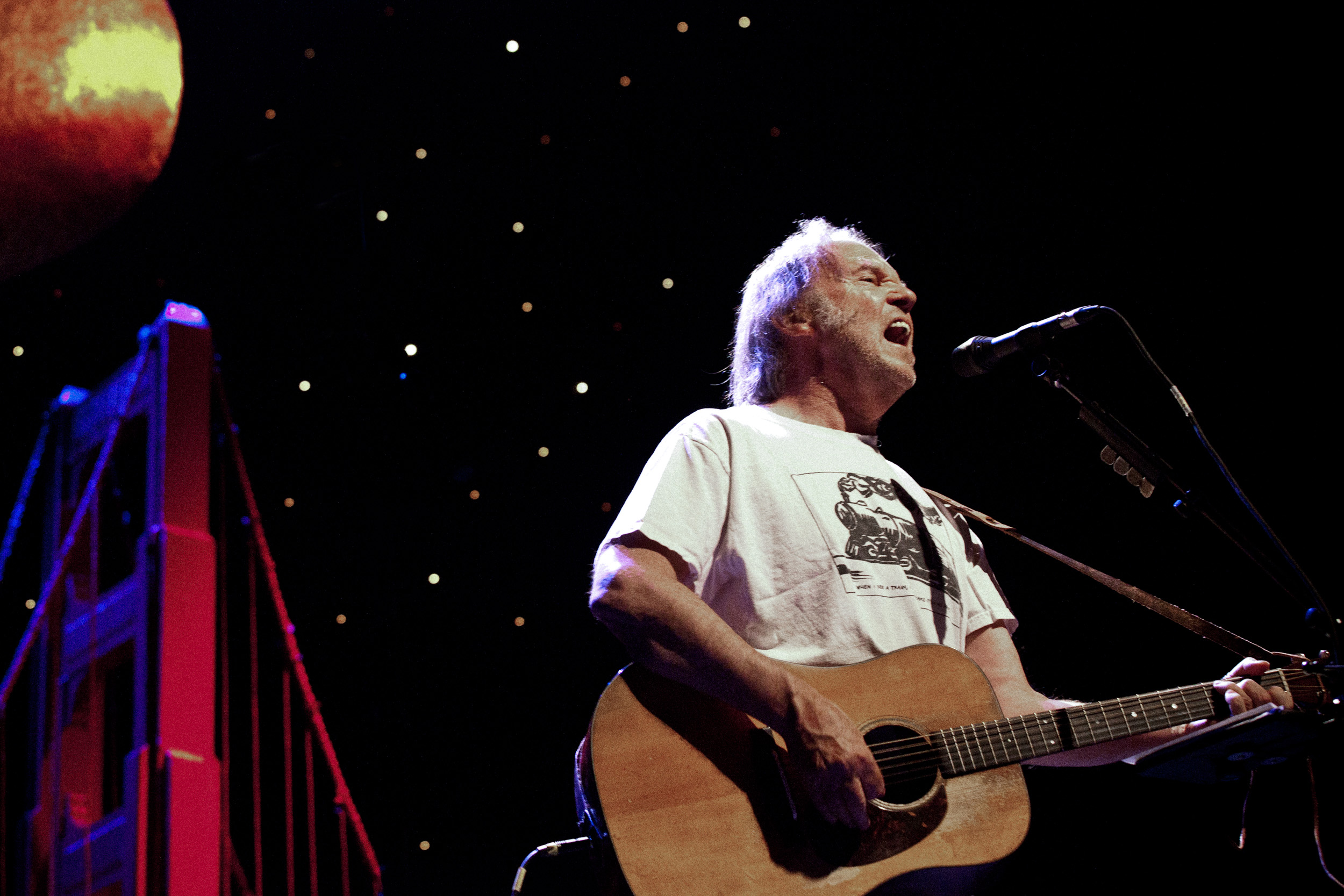 Neil Young, Bridge School Benefit Fundraiser, SF, CA