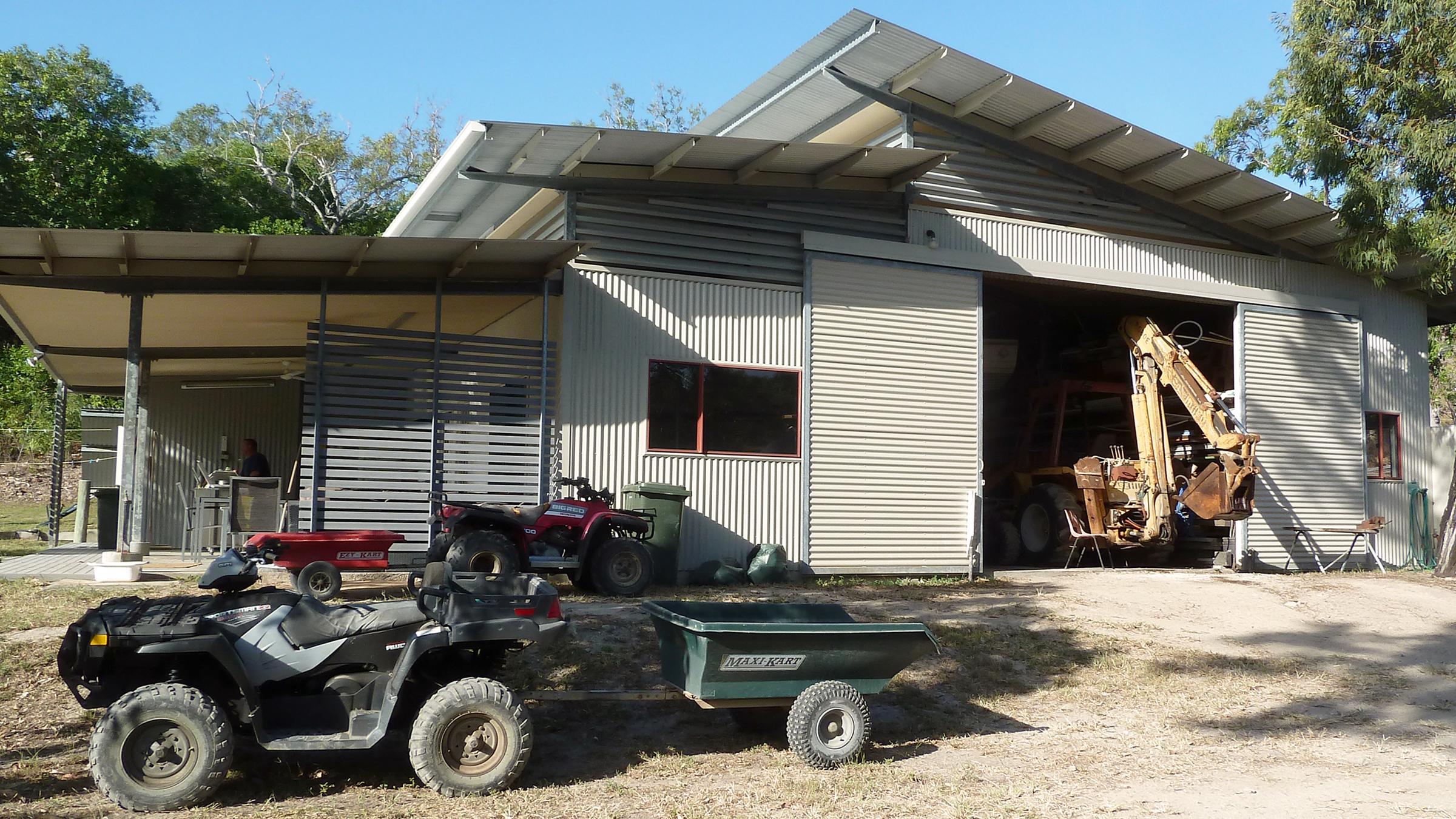 shed 2400 x 1350 2.jpg