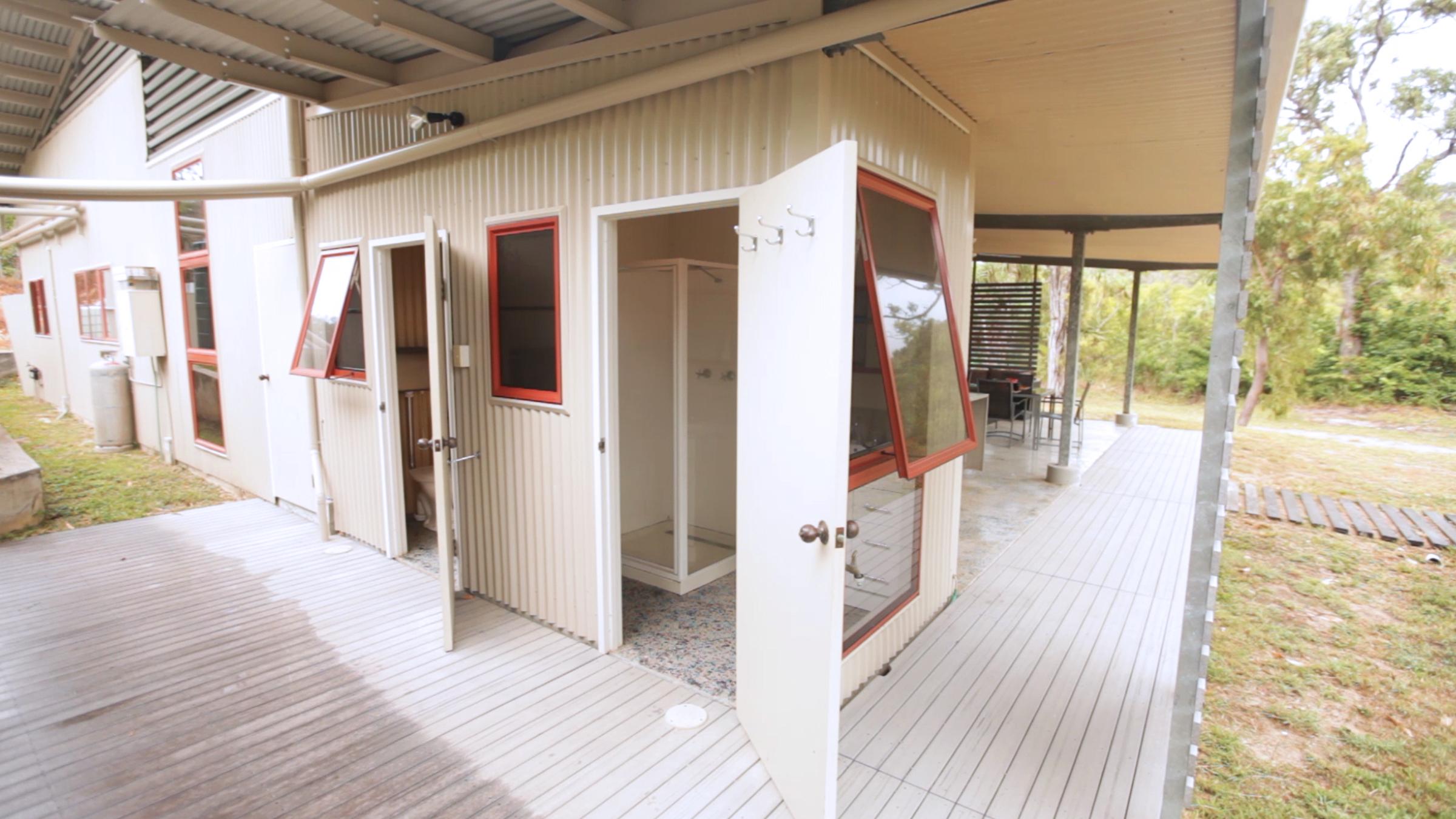 shed 2400 x 1350 9.jpg