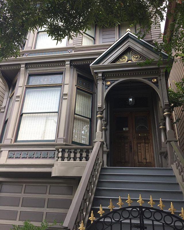 Grateful Dead's House .  Haight Ashbury .