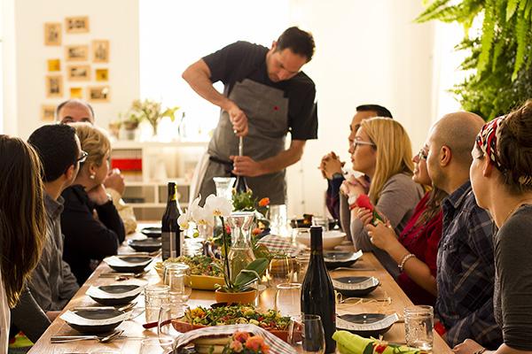 feastly-meetings-team-building