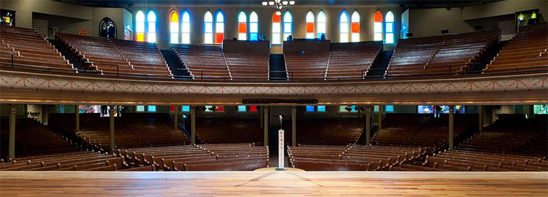 Ryman Auditorium, Nashville, TN - Built in the late 1800s by a steamboat captain (and anything to do with steamboat captain is automatically cool), the Ryman Auditorium has hosted many of entertainment's biggest acts including the likes of Charlie Chaplin, John Philip Sousa, Anna Pavlova, Harry Houdini, Bob Hope, the Grand Ole Opry show (until 1974), Elvis Costello…and everybody else. The building was dignified as a National Historic Landmark in 2001.Cocktail parties on stage. Backstage tours, private concerts, corporate award shows, product intros… you can even record in their on-site recording studio. You can rent the whole place (up to 2300 people) or just a part of it. It's one of those places where your attendees are continually ooh-ing and ah-ing. Check it out. www.ryman.com
