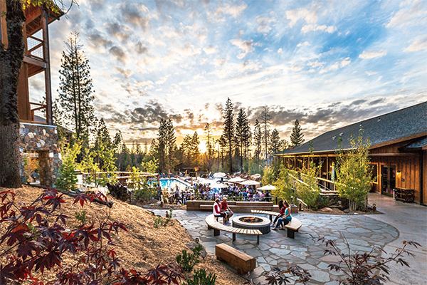 Rush Creek Lodge has special deals for groups including teambuilding programs near yosemite
