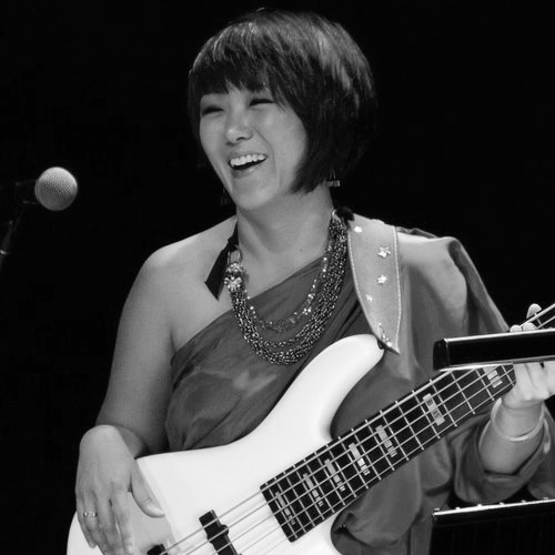 Wendy Phua - electric bass