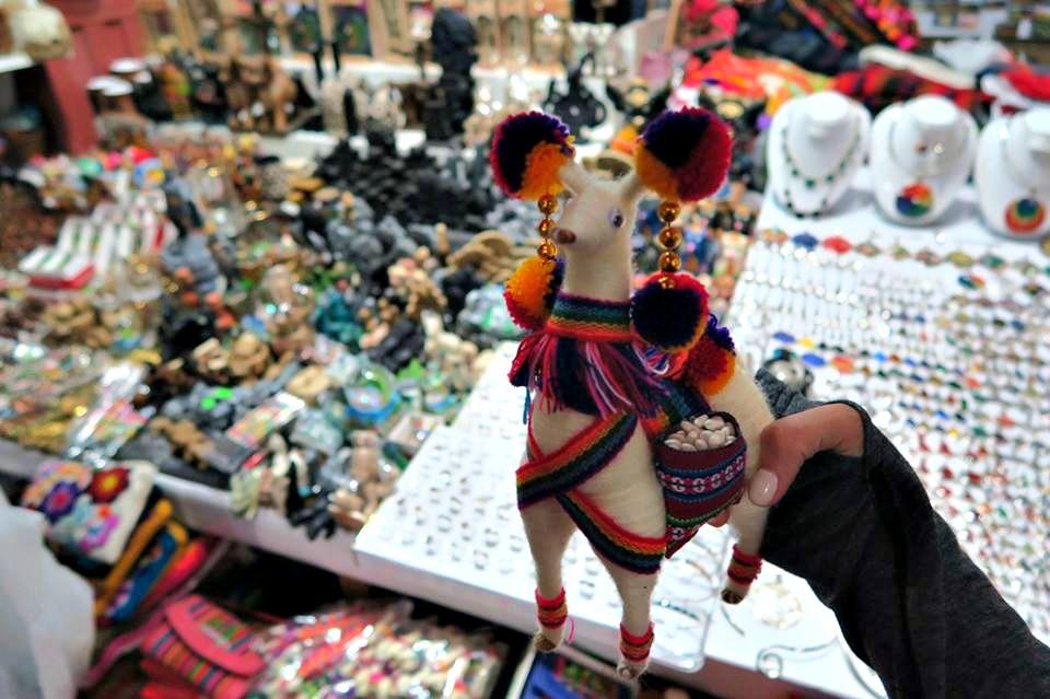 Travel Guide to Peru: Souvenirs