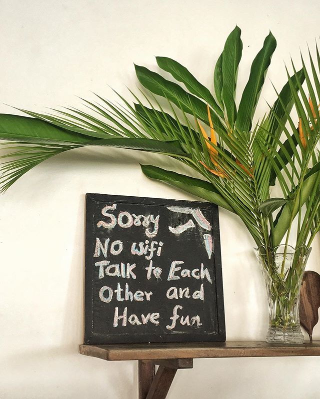 Hello from beautiful Sri Lanka 🇱🇰❤️🌴 I loved this sign at Wijaya Beach Café in Unawatuna, Sri Lanka 🌊 how true this sign is, there are moments in life that we must treasure and truly enjoy and be present for. ❤️