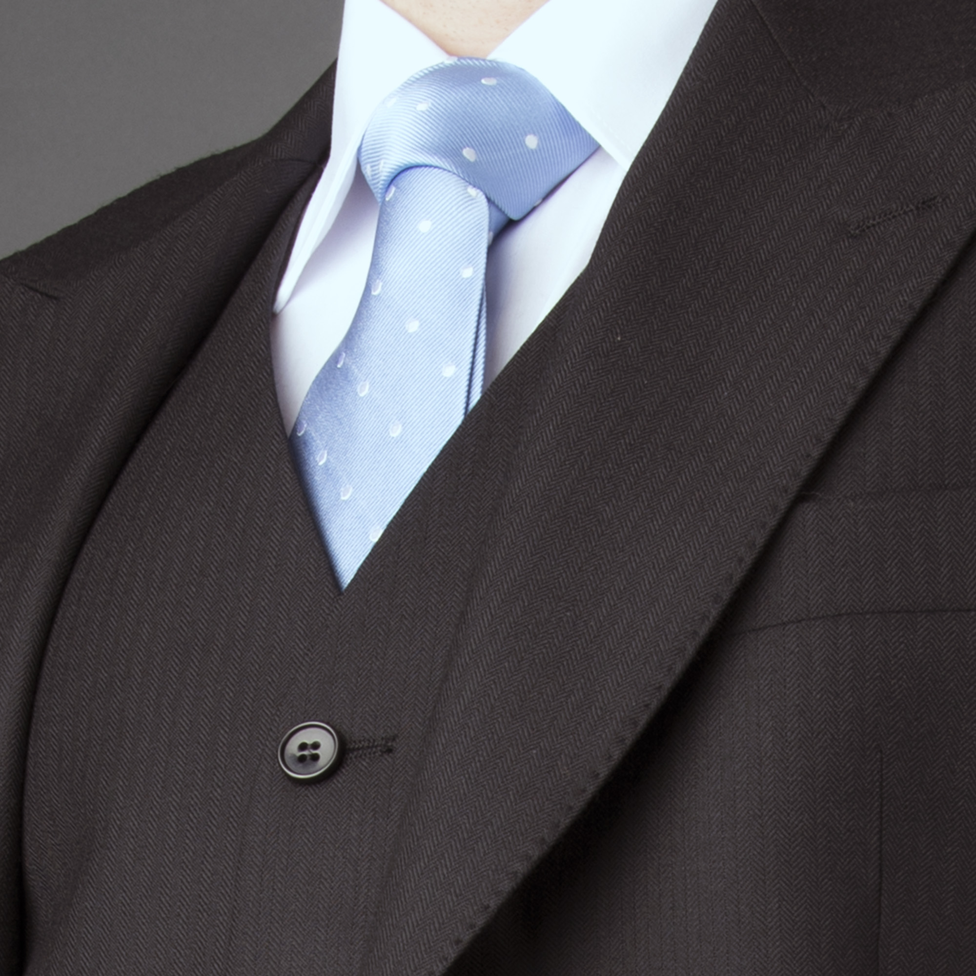 Detailes of wedding suit blue tie Symonds of Hereford for web.jpg