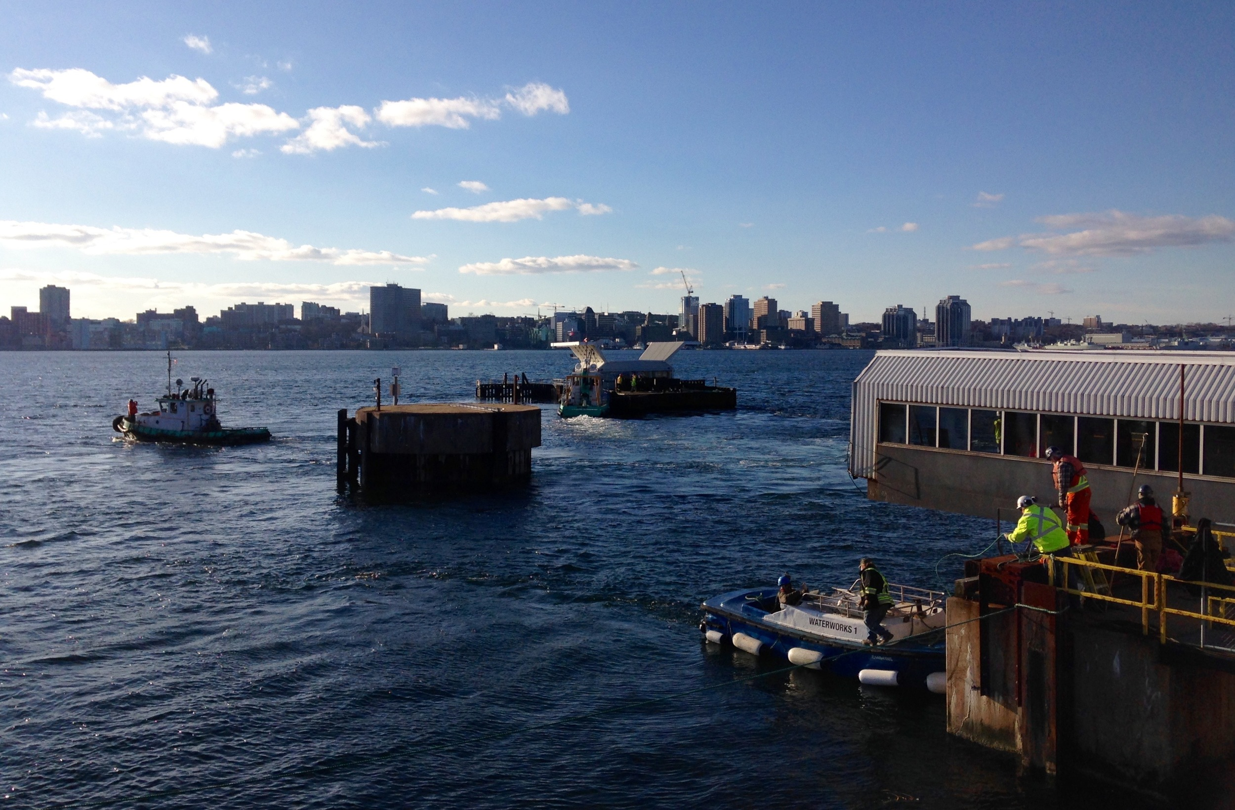 Removing the old steel ferry pontoon.jpg