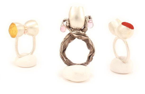 Small Treasures, rings