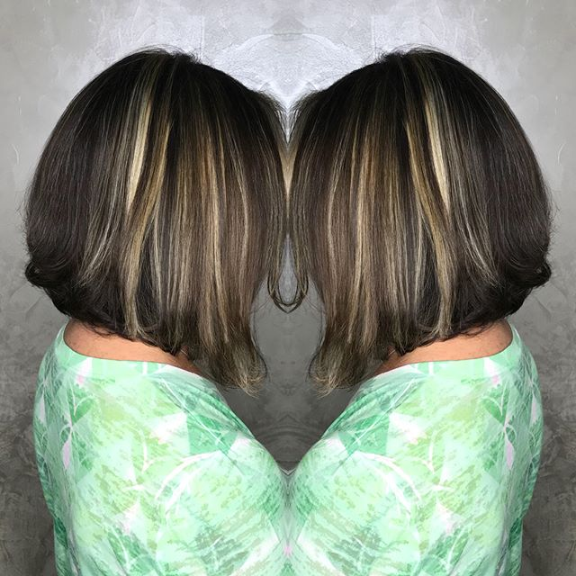 Partial Highlight and haircut touchup by Mielin 😍💁🏻‍♀️ . . . . . #angledbob #bobhaircut #partialhighlights #wella #licensedtocreate #brunettehair #brunettebob #colorworksny #colorworksmielin