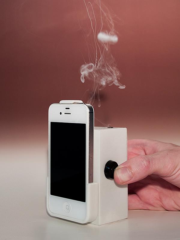 Dennis de Bel, Smoke Messaging Service (SMS), Design my Privacy.jpg