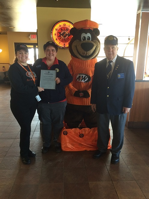 Post 501 Cdr. Tom Stolarczyk & Unit 501 President Rebecca Lovell presenting Cert. of Appreciation to A&W - 3/20/2017
