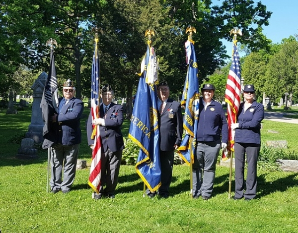 Memorial Day, 5-29-2017.  Left to right:  Keith Lovell, Mike Jensen, Rob Jensen, Rebecca Lovell, Diana Jensen
