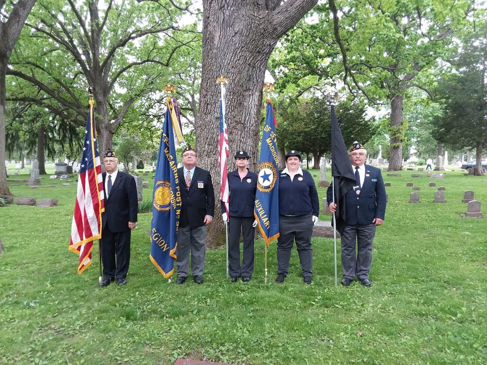 Forrest Hill Cemetery, Memorial Day, 5-27-2019.  From left:  John Scott (Post 501), Rob Jensen (Post 501), Diana Jensen (Unit 501), Rebecca Lovell (Unit 501), and Keith Lovell (Post 501).