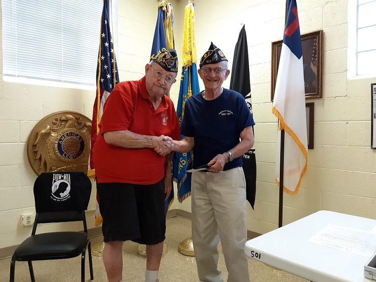 Past State Commander Bud Mautz presents Post Chaplain Ray McCool with token of appreciation for his long-term efforts in support of Badger Boys State, 7/10/2019.