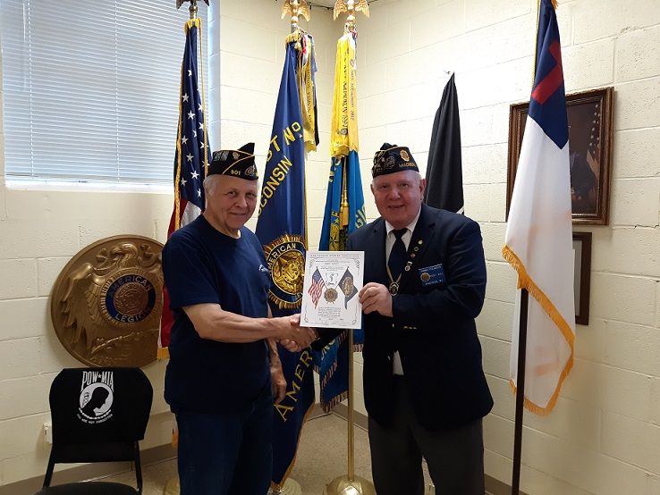 Cdr. Thomas Stolarczyk presented Legionnaire John Scott with a 5 year Continuous Member Certificate on 7-10-2019.