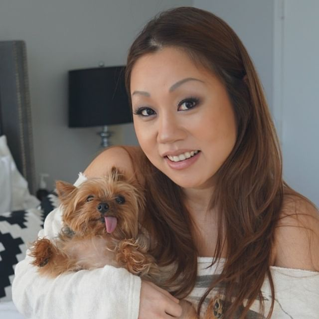 My beautiful client Helen wanted a smokey eye for her maternity photo shoot, with my dog Yoshi of course =)