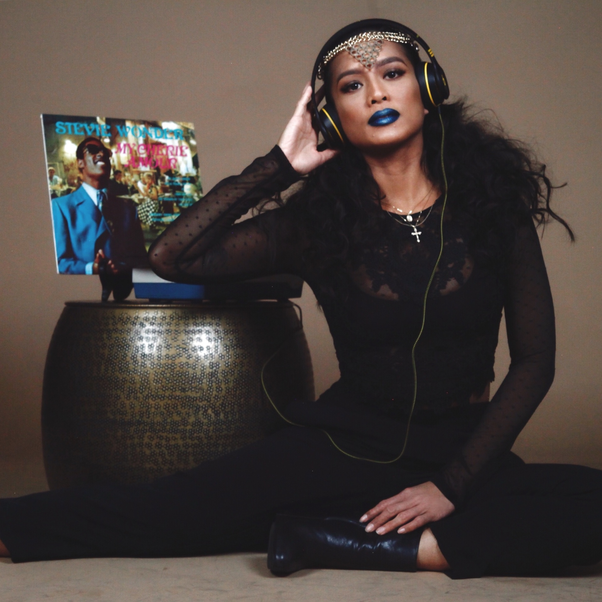 """Sherri Silva - Artform Artist, Sherri Silva is inspired to rise into her artistry through her passion along with the amount of creativity and aspiration she is surrounded by here at The Artform Studio.Digging in the Crates of @the_artform_studioSherri finds and plays Stevie Wonder's 'Cherie Amour' while she cuts hair """"....because of its sentimental value. I'll continue to hold dear to this song, from childhood to adulthood..."""" Sherri truly finds that hair, make up, and music are all forms of art. They are outlets used for artists to create in whichever form of artistry they choose."""