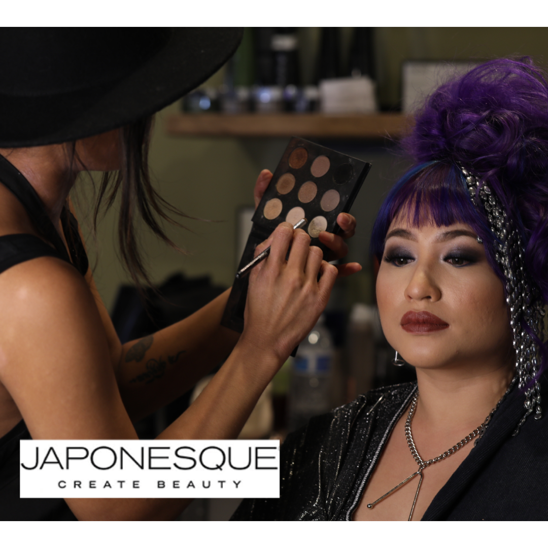 #ArtformFavorites: JaponesqueMakeup & Brushes - This line of cosmetics never fails us as it offers so much versatility. Plus, their brushes are ideal for controlled blending and exceptional color diffusion!