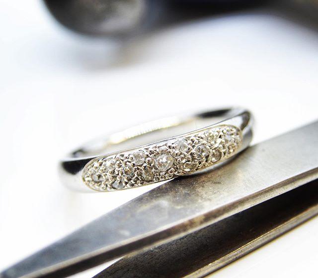 Pavé set in platinum  #platinum #ring #diamond #diamondset #diamondring #handmade #custom #bespoke #handmadejewelleryuk #customjewelleryuk #bespokejewelleryuk #swindon #uk #wiltshire #jewellery #style #ukstyle #fashion #ukfashion #love #anniversary #anniversarygift #custommade #custommadeeasy