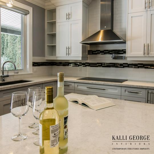 Toronto white kitchen with undermount sink - quartz countertop -stainless steel vent hood.jpeg