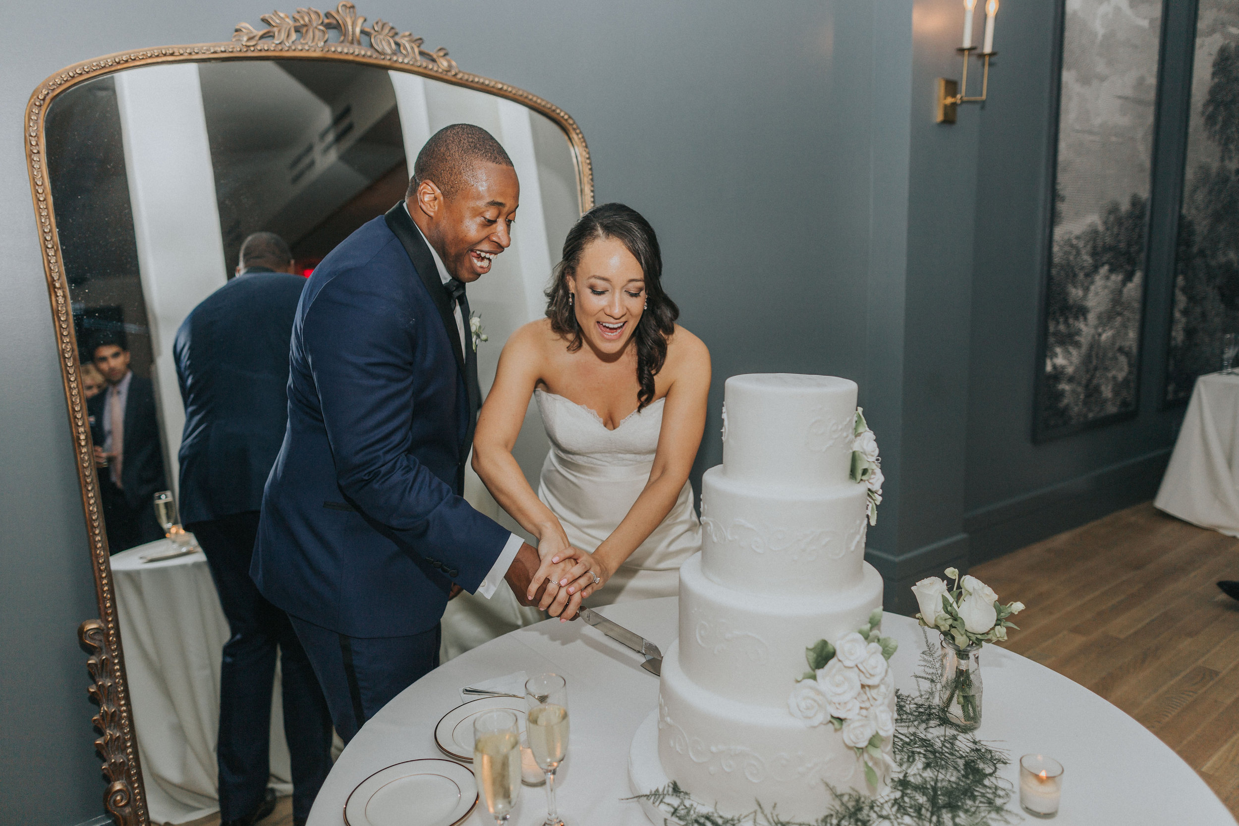New Orleans Wedding Cake Cutting Sucre