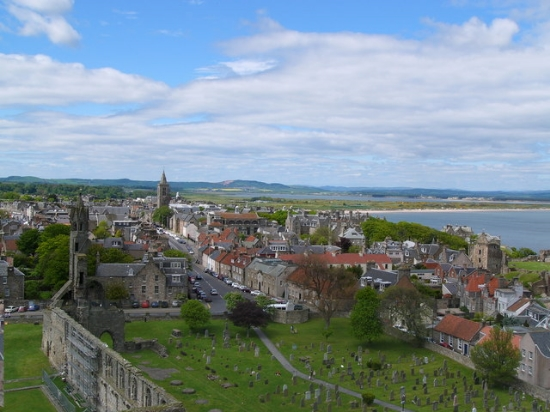 St. Andrews, Scotland, UK. Image Credit:     Peter Gordon  via  Geograph   cc