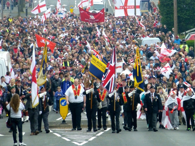 2014 St. George's Day Parade on Westminster Road, Stone Cross in West Bromwich. Image Credit:  Æthelred  via  Wikimedia Commons   cc