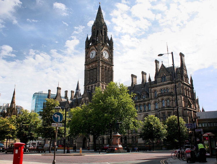 Manchester Town Hall. Image Credit:  Robert Cutts  via  Flickr   CC