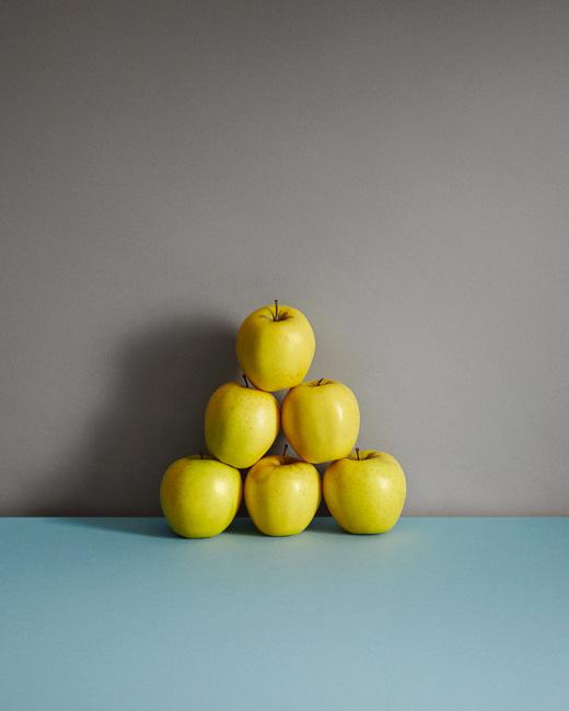 jarren vink apple fruit still life