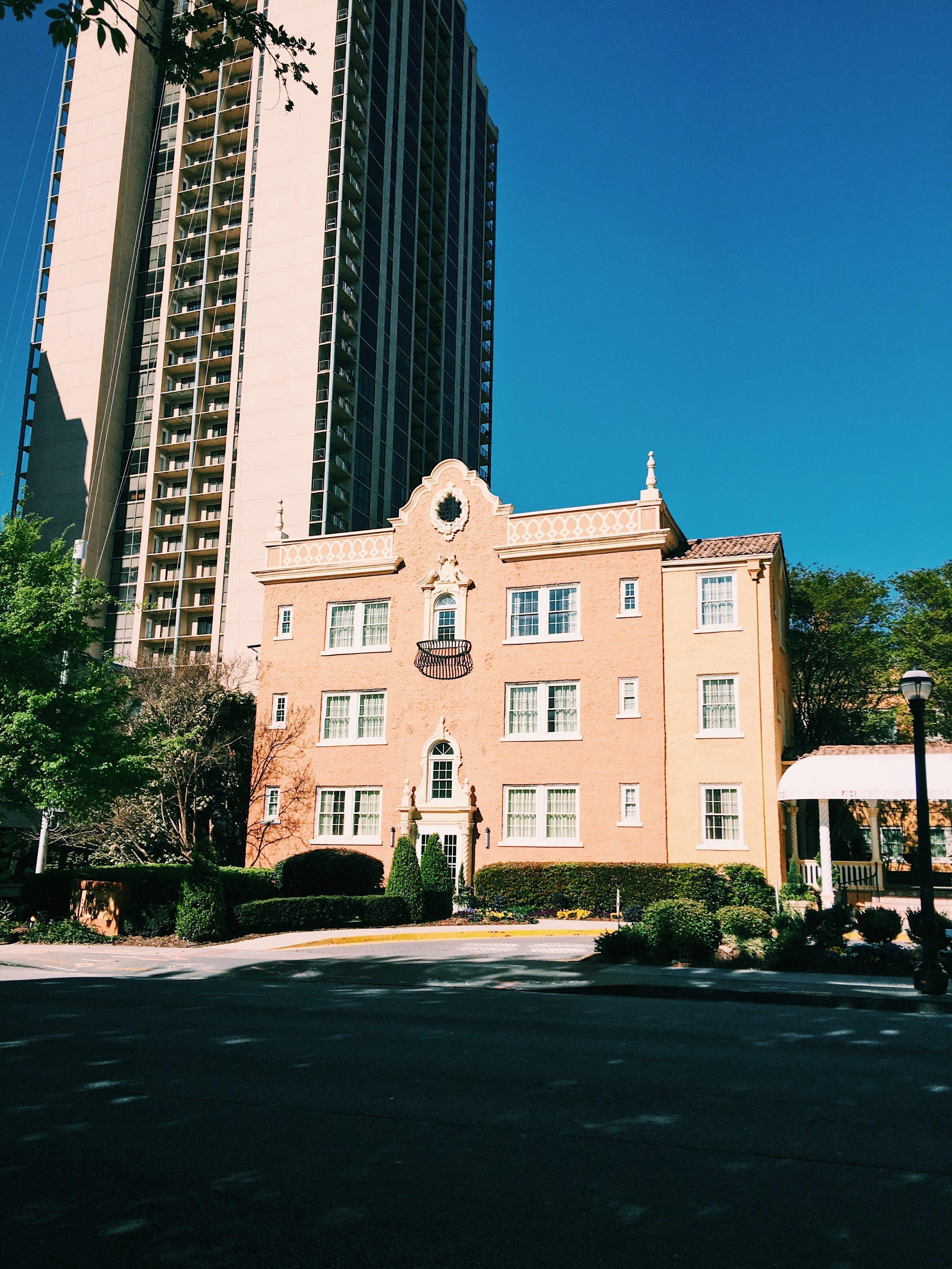 Artmore hotel