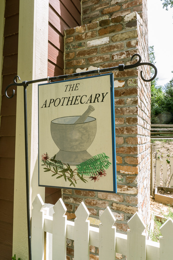 Apothecary sign