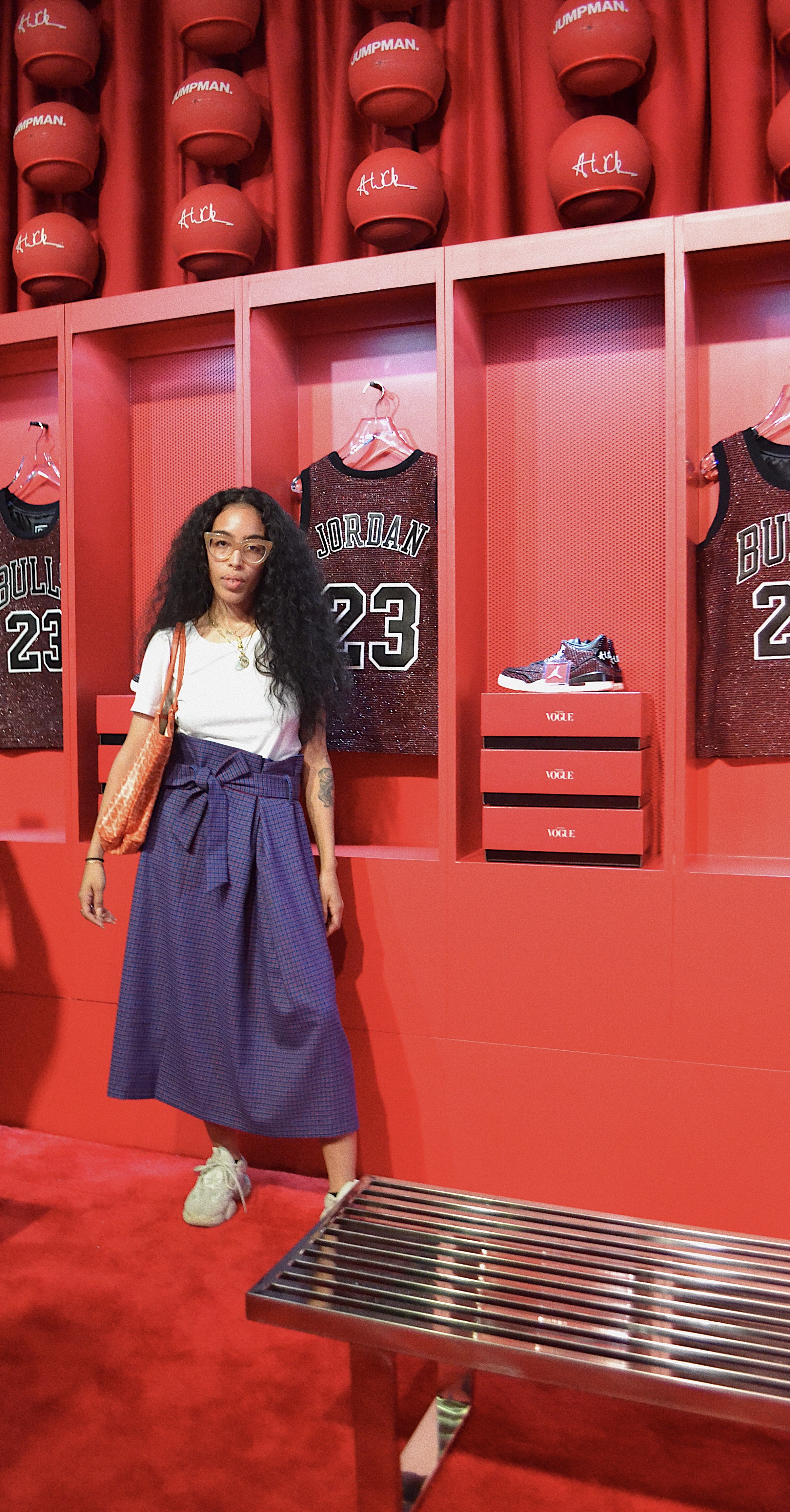 Skirt: Zara, Sneakers: Yeezy