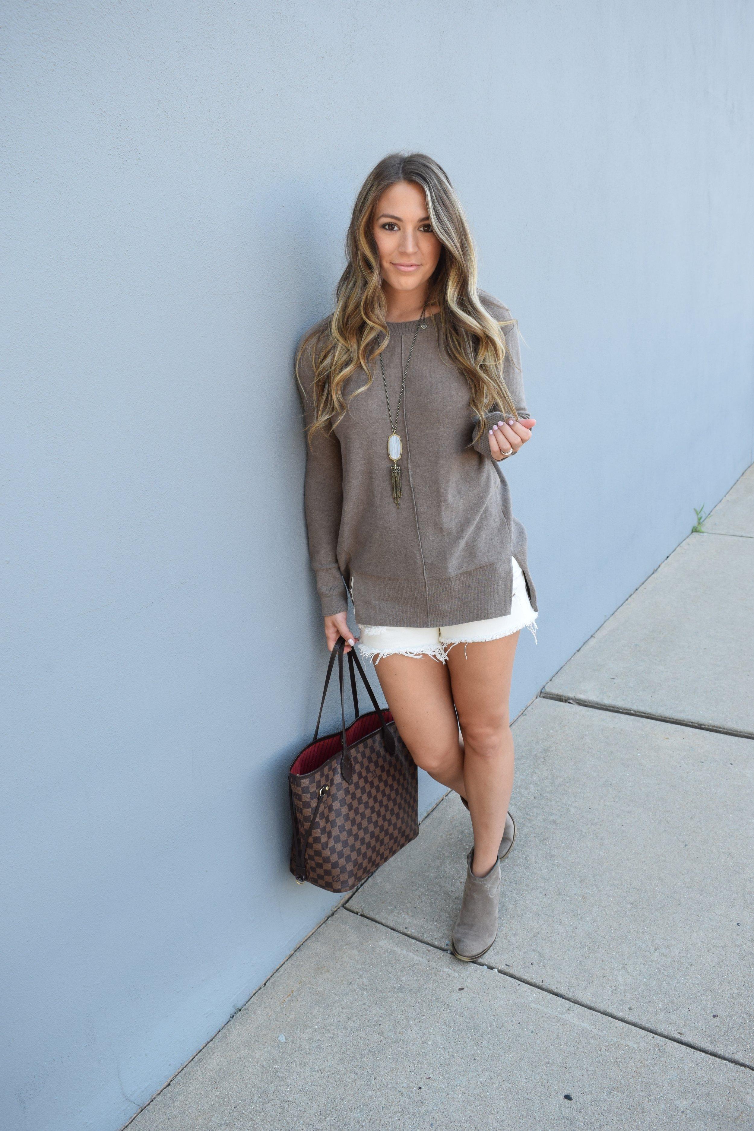 sweater & shorts // pinebarrenbeauty.com