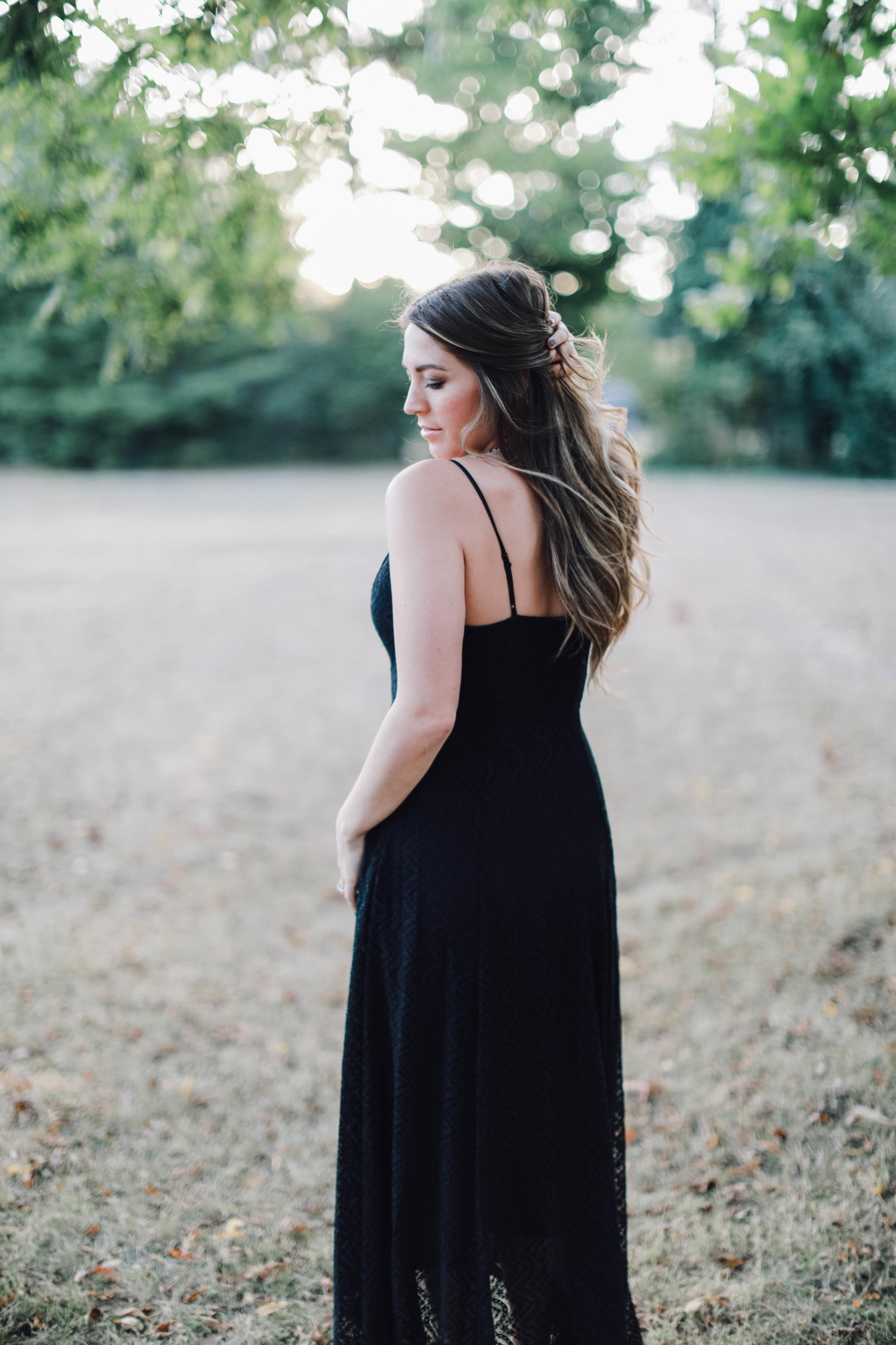 black maxi dress // pinebarrenbeauty.com
