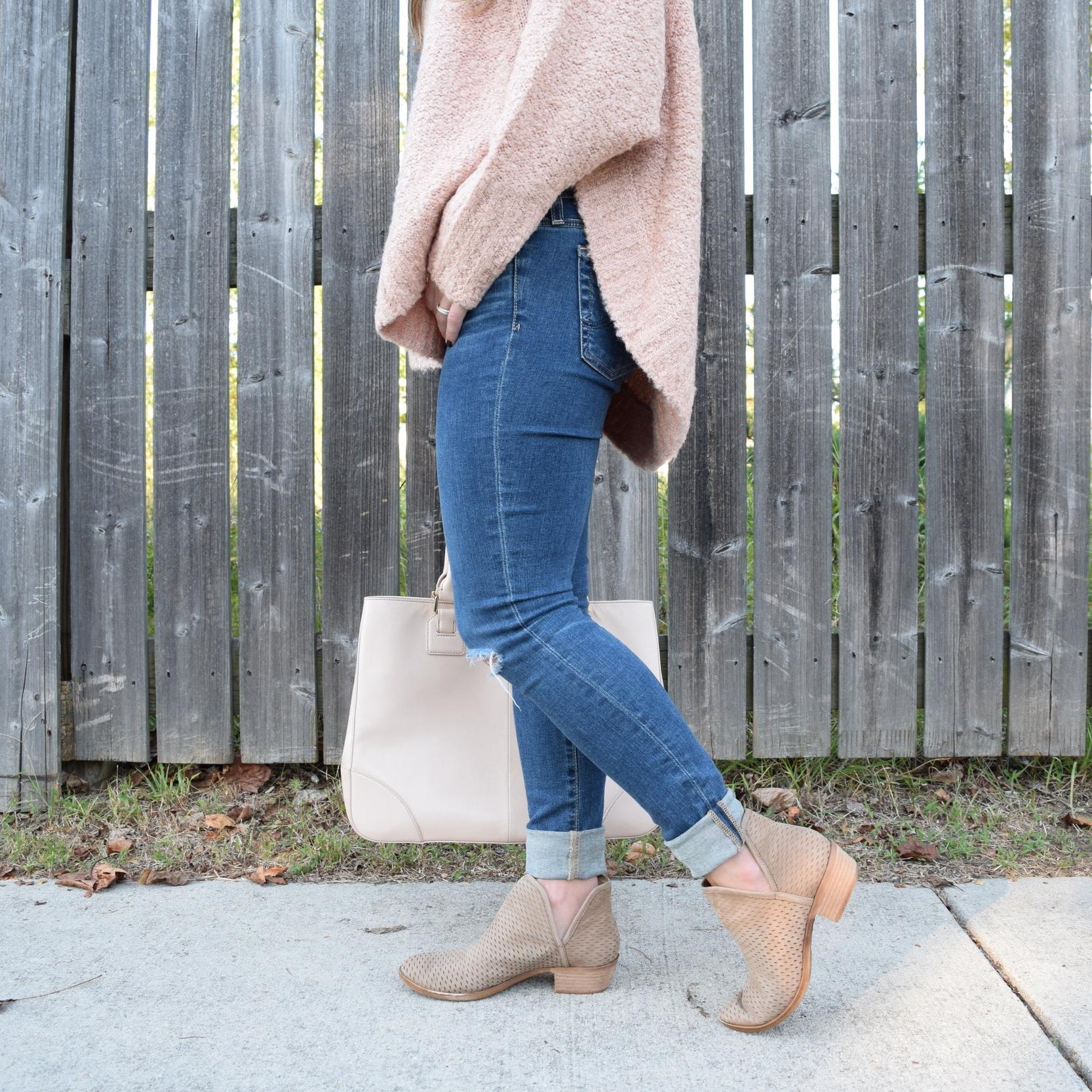 cut out booties // fall style // pinebarrenbeauty.com