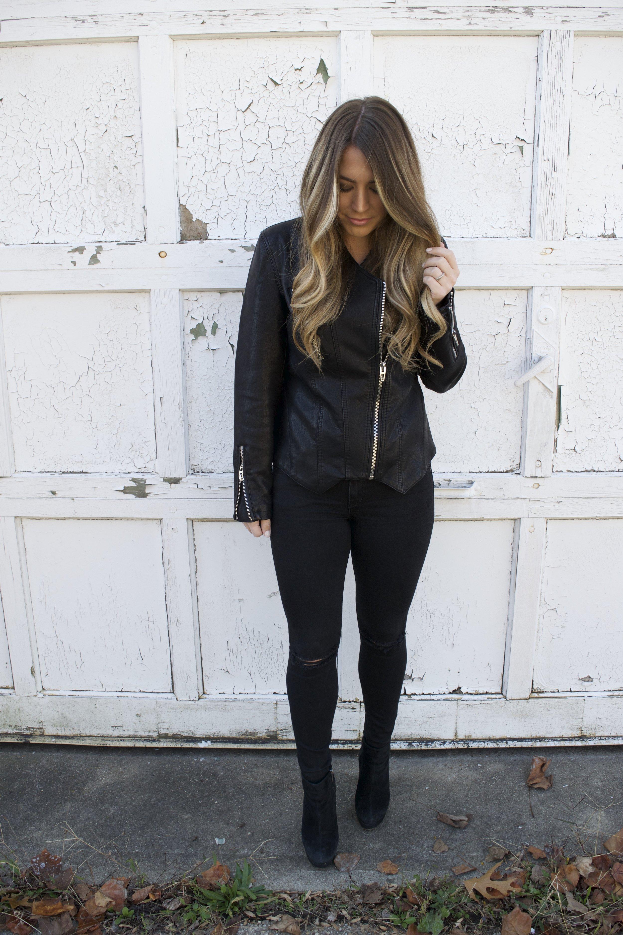 all black winter outfit // pinebarrenbeauty.com
