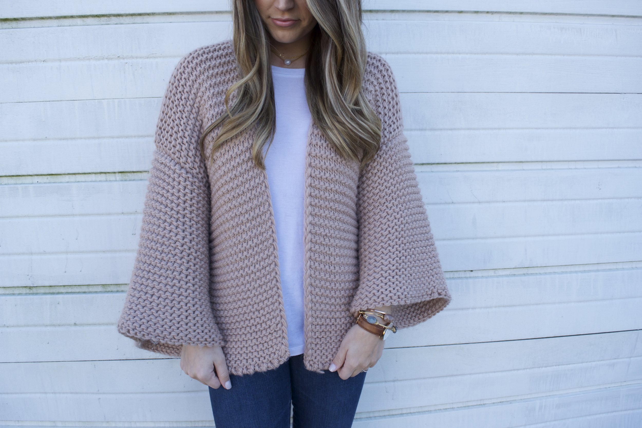 chunky knit cardigan // pinebarrenbeauty.com