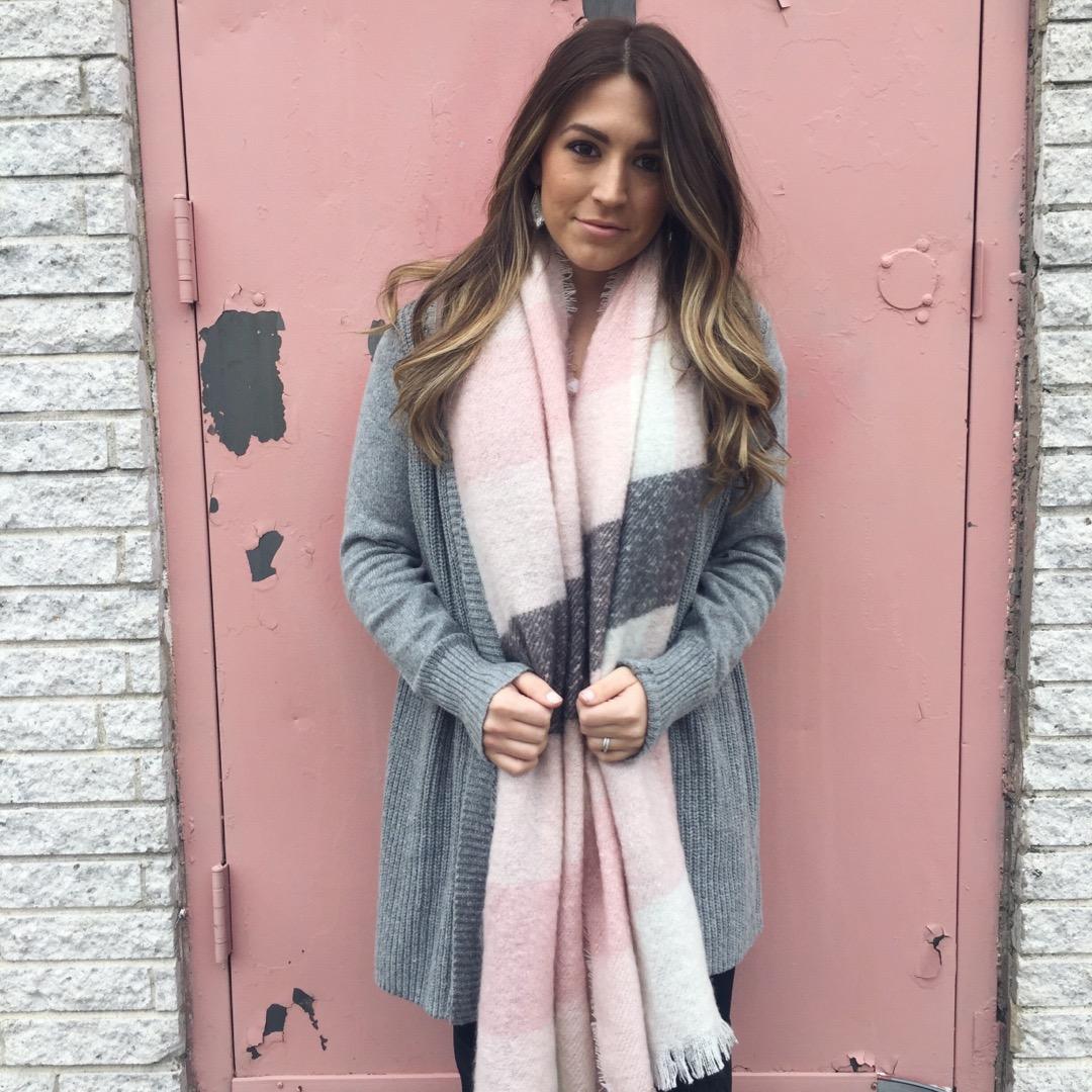 blush scarf // pinebarrenbeauty.com