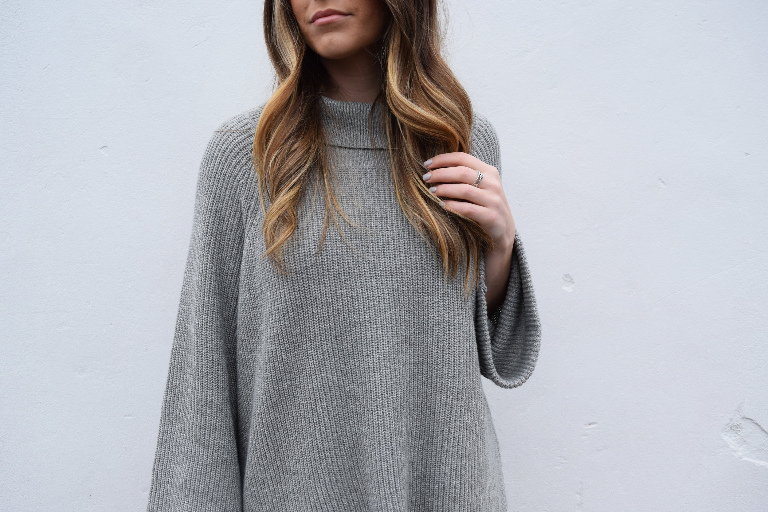 winter fashion, grey sweater, bell sleeves