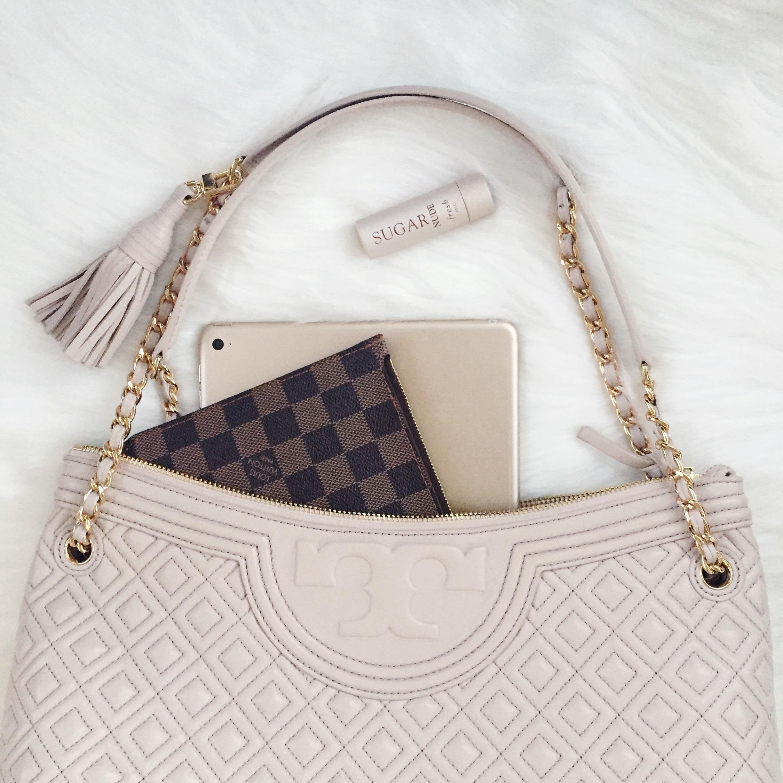 Tory Burch Fleming Shoulder Bag Review // Designer Handbag Review