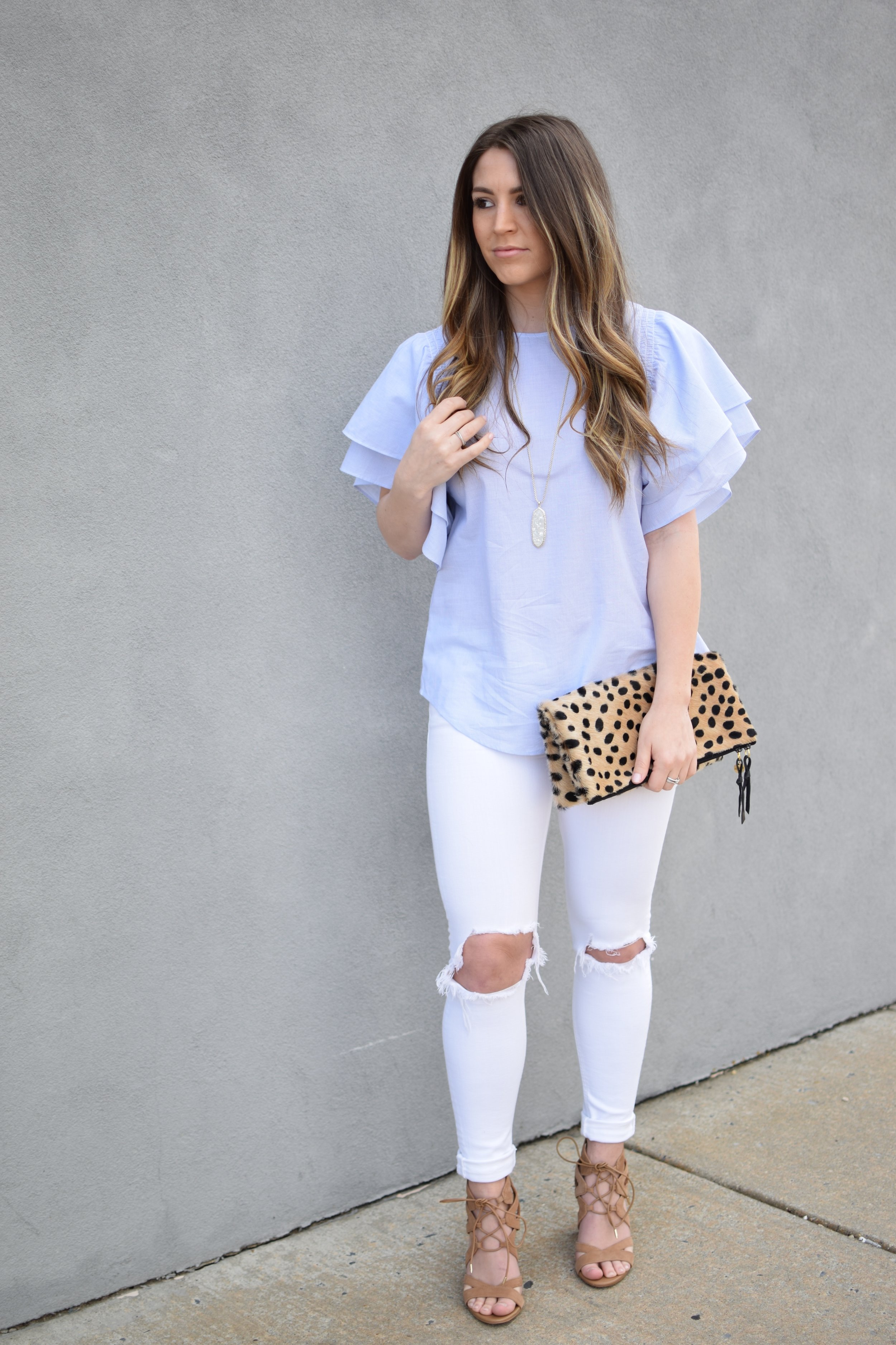 easter outfit idea / ruffle top & white denim