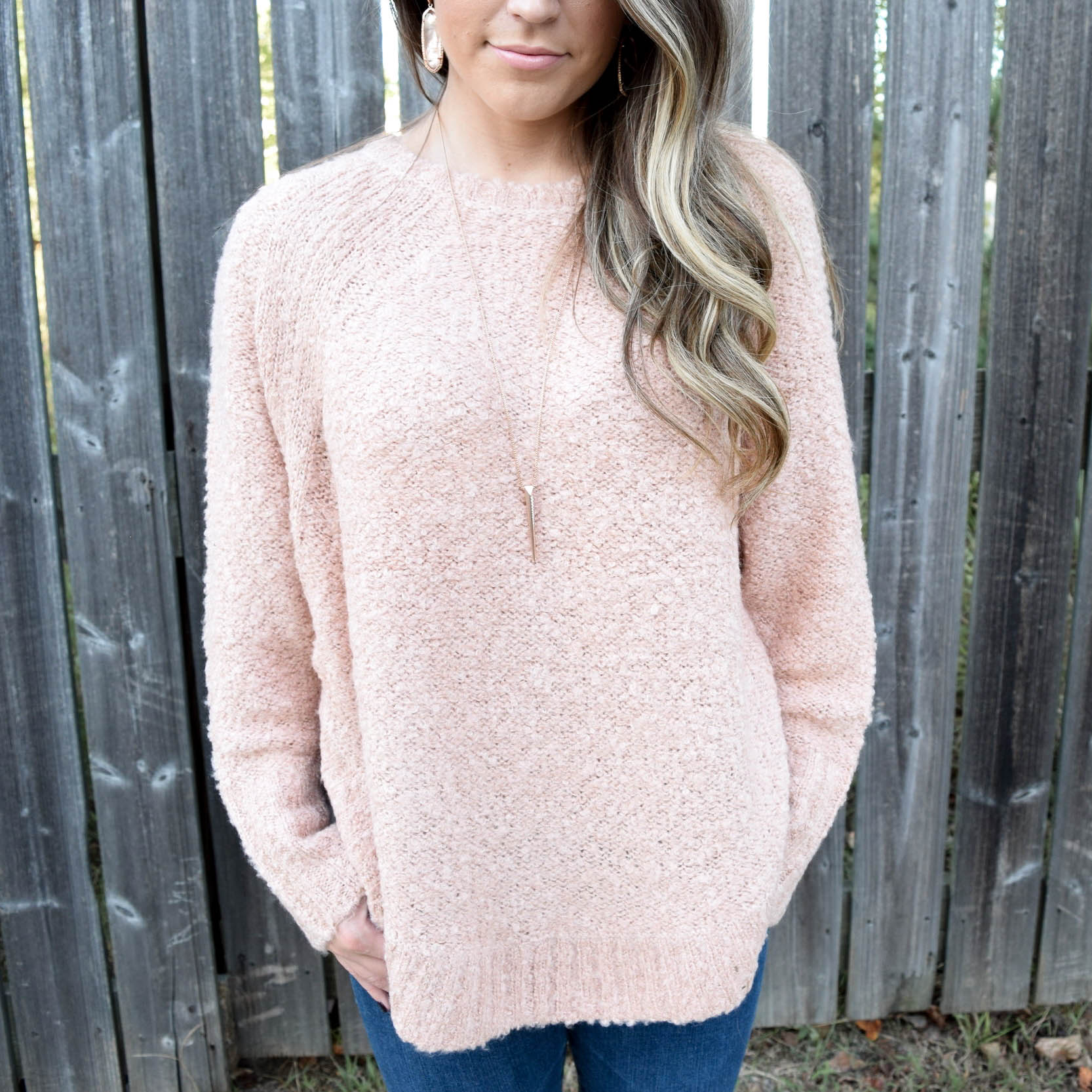 fall outfit idea / blush sweater / how to style blush for fall