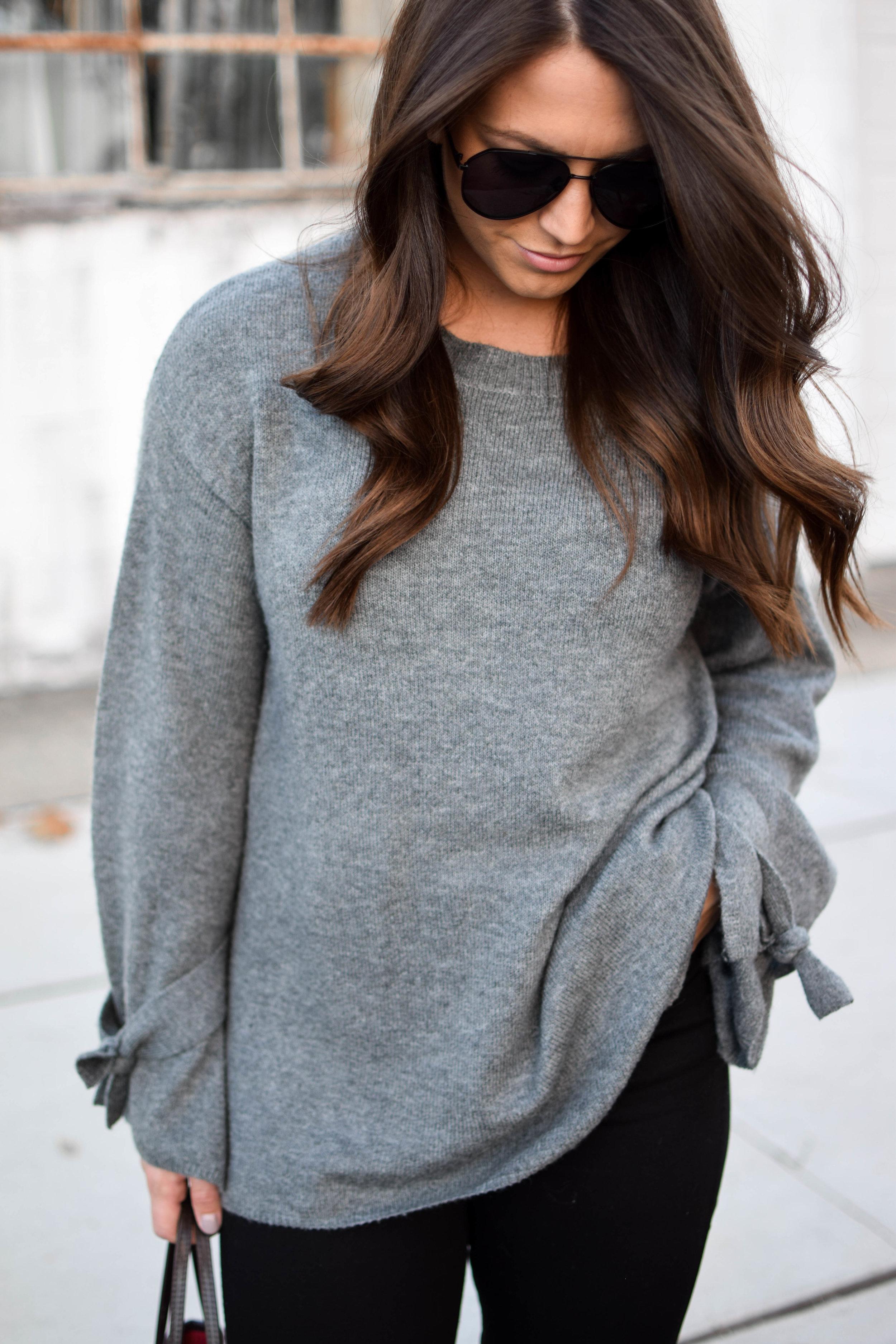 fall fashion / fall outfit idea / fall outfit inspiration / fall closet essentials / black denim / tie sleeve sweater / diff eyewear