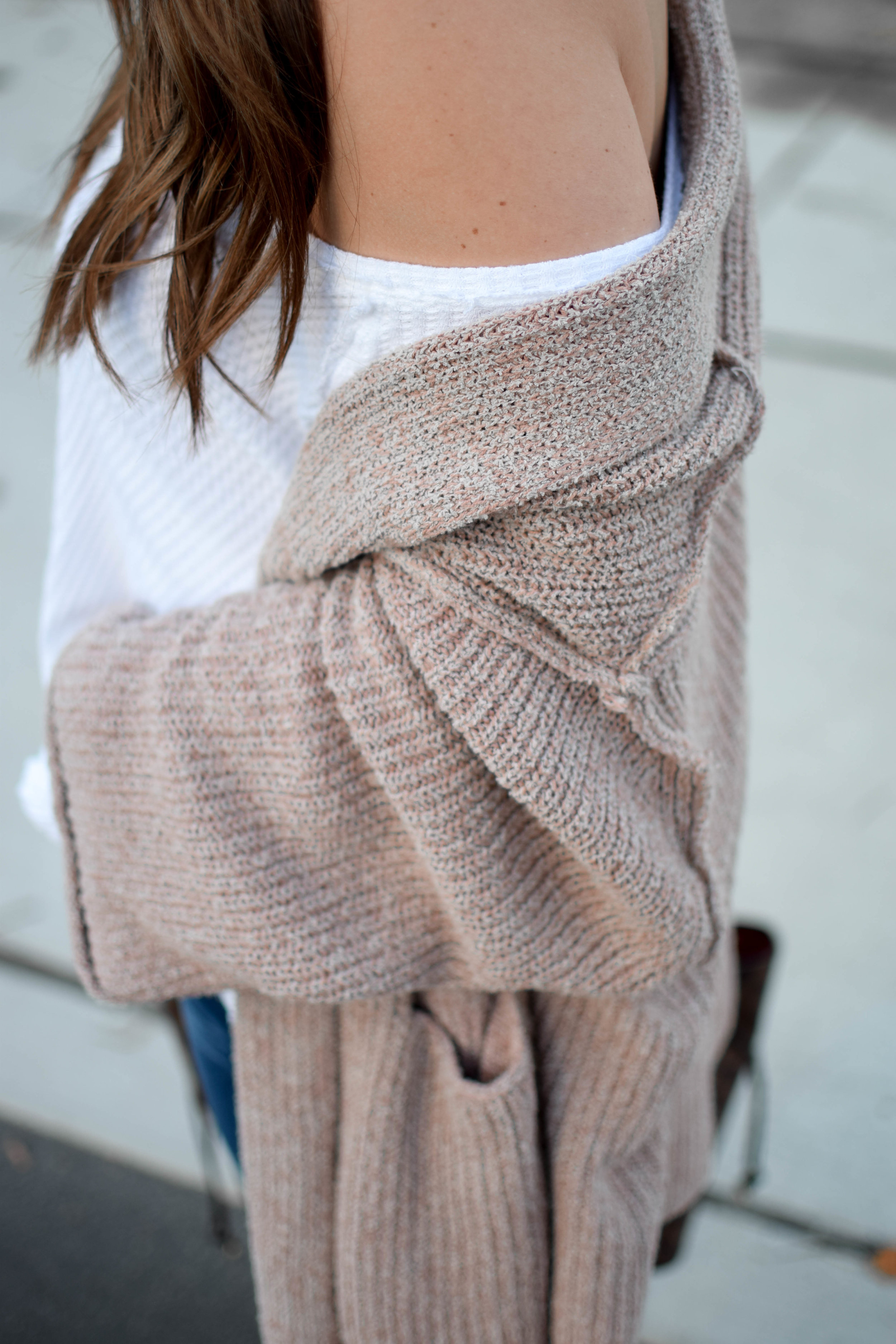 fall fashion / fall outfit idea / fall outfit inspiration / free people thermal / free people cardigan / sweater weather / fall feels / fall vibes